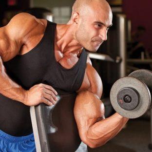 筋トレを始めて身体が変わるまで何ヶ月かかる?